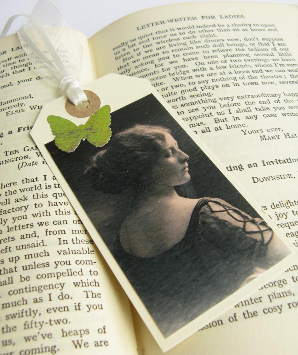 Elegant Edwardian Lady mini bookmark